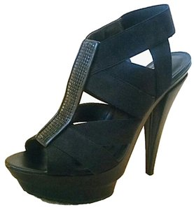 Jessica Simpson Curt Black Pumps