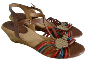 Softspots Tan, red,green Sandals