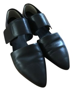 Vince Modern Cut Out black Flats