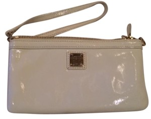 Dooney & Bourke Wristlet in White Patent Leather