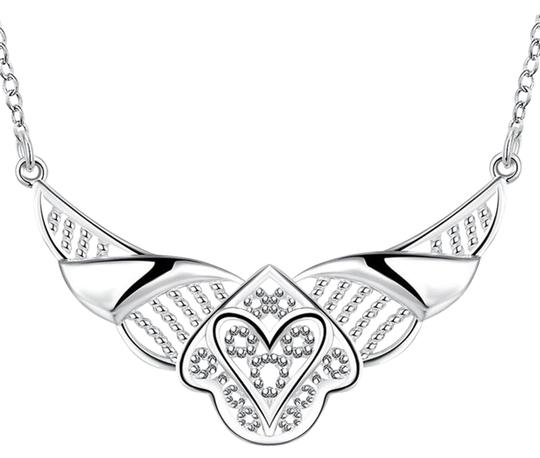 Preload https://img-static.tradesy.com/item/15940957/freestyle-fashion-silver-plated-necklace-0-2-540-540.jpg