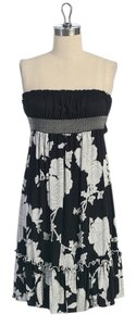 Anthropologie short dress BLACK Strapless Floral Print Summer Knotted on Tradesy
