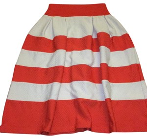 D' Enjoy Skirt Coral and white