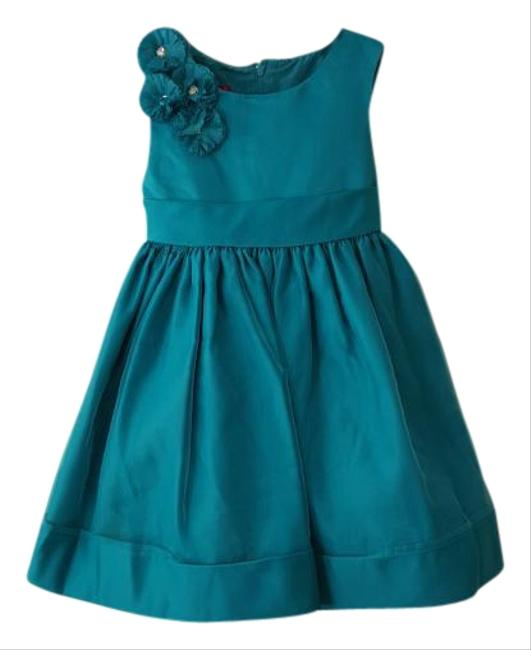 Preload https://item2.tradesy.com/images/teal-party-knee-length-formal-dress-size-0-xs-15942541-0-1.jpg?width=400&height=650