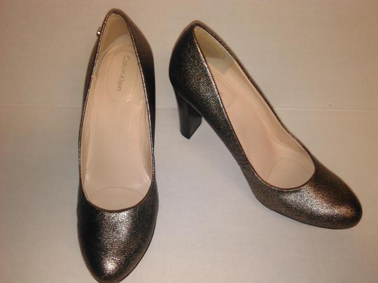 Calvin Klein New Heels Size 8 Golden Pewter Pumps