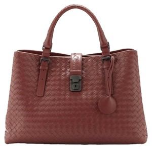 Bottega Veneta Satchel in Red/Russet