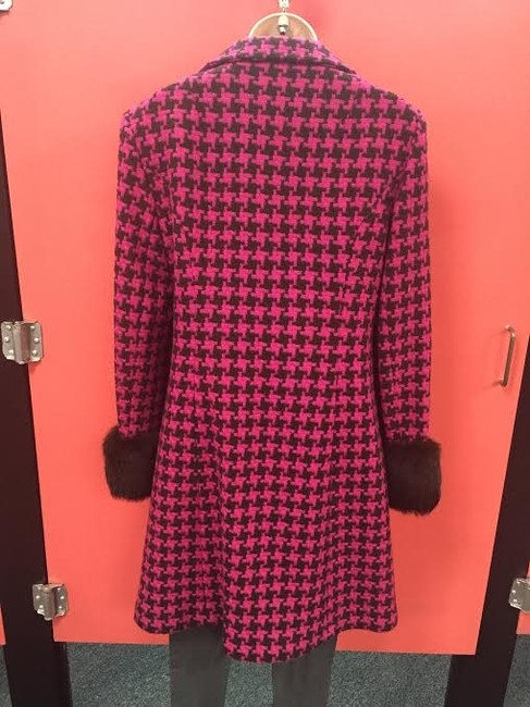 Nanette Lepore Pink and brown Houndstooth Nanette Lepore peacoat w/ rabbit fur cuffs!