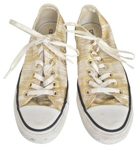 Converse Gold and white Athletic