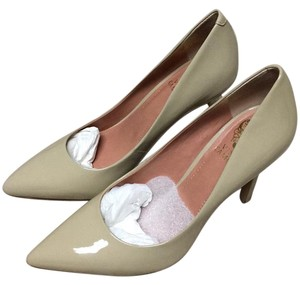 Vince Camuto Blush / Smooth patent Pumps