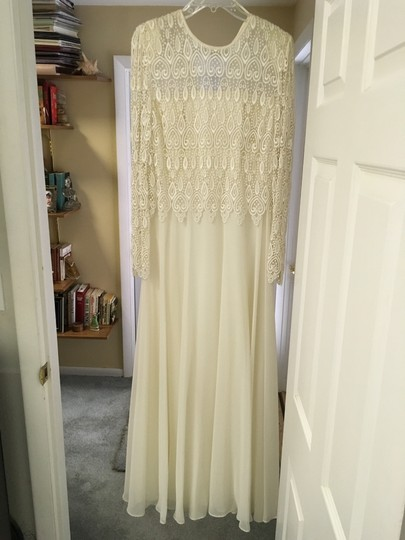 Preload https://img-static.tradesy.com/item/15953167/ann-hobbs-for-cattiva-ivory-guipure-lace-chiffon-formal-bridesmaidmob-dress-size-12-l-0-1-540-540.jpg