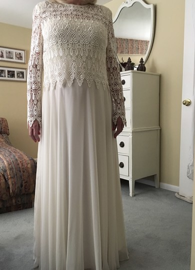 Ann Hobbs for Cattiva Ivory Guipure Lace / Chiffon Formal Bridesmaid/Mob Dress Size 12 (L)
