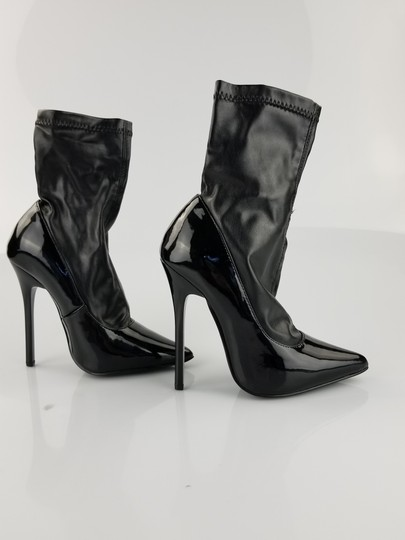 Nasty Gal Black Pumps