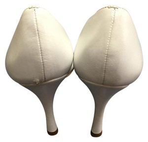 BCBGMAXAZRIA White Pumps