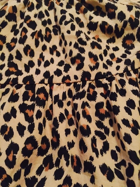 Old Navy Top Cheetah Print