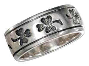 Unknown Sterling Silver Shamrock Band Ring with Antiqued Finish