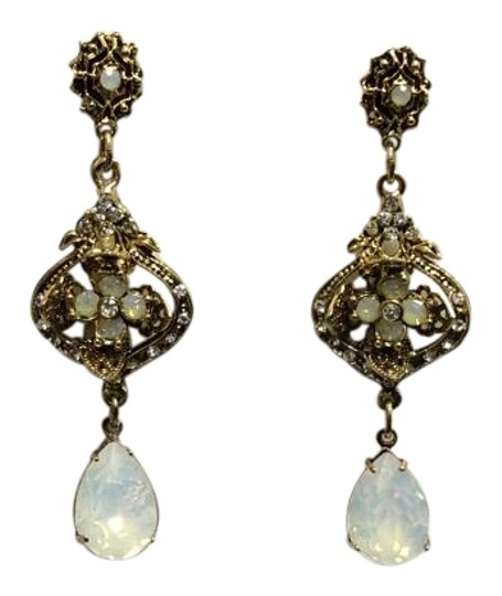 Preload https://img-static.tradesy.com/item/15956716/antique-gold-opalite-teardrop-post-earrings-0-1-540-540.jpg