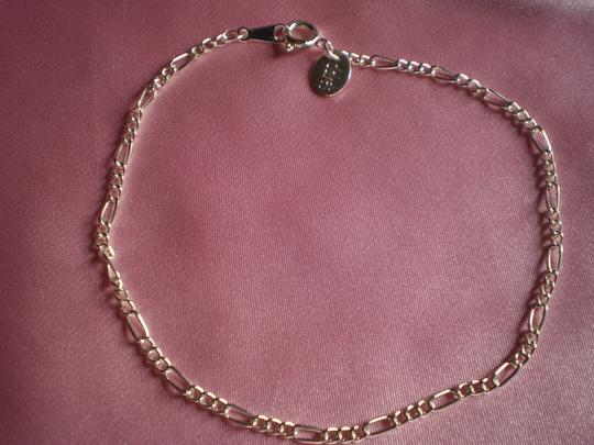 Preload https://item4.tradesy.com/images/claire-s-silver-like-new-silvertone-chain-bracelet-159568-0-0.jpg?width=440&height=440