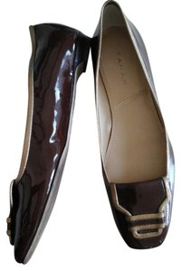 Tahari Brown patent leather Flats