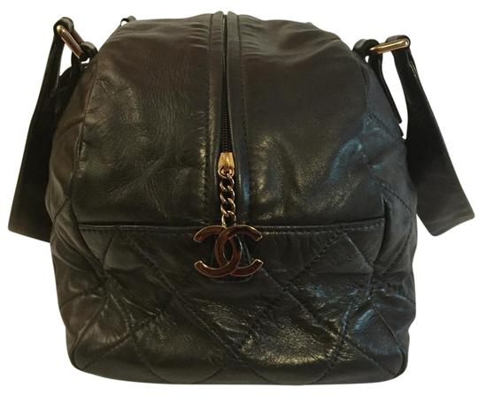 Preload https://img-static.tradesy.com/item/15958912/chanel-lambskin-quilted-cloudy-bundle-bowler-black-leather-tote-0-12-540-540.jpg
