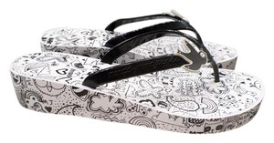 Marc by Marc Jacobs Black and white Sandals