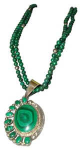 Beautiful Sterling Silver and Malachite necklace and pendant