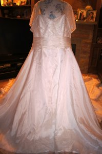 46ee2fb2c34 New   Preowned Wedding Dresses - Up to 90% off at Tradesy