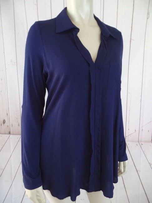 Preload https://item1.tradesy.com/images/pleione-anthropologie-top-navy-rayon-spandex-pullover-button-up-sleeves-15962530-0-0.jpg?width=400&height=650