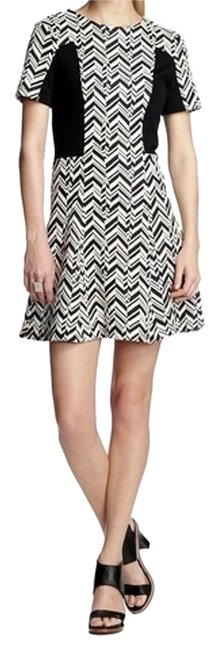 Preload https://img-static.tradesy.com/item/15962563/w118-by-walter-baker-geometric-line-blackwhite-above-knee-short-casual-dress-size-14-l-0-1-650-650.jpg