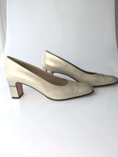 Salvatore Ferragamo Pearl Pumps