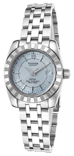Preload https://item4.tradesy.com/images/tudor-silver-2201062540-unisex-genuine-stainless-steel-28mm-watch-15963823-0-1.jpg?width=440&height=440