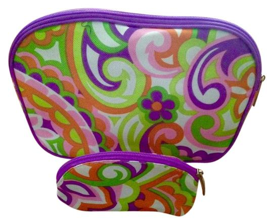 Preload https://item4.tradesy.com/images/clinique-paisley-duo-cosmetic-bag-15964153-0-1.jpg?width=440&height=440