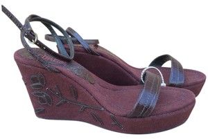 Charles by Charles David Flower Sandals Canvas Brown Wedges