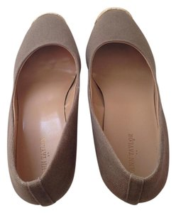 Ann Taylor Taupe Wedges