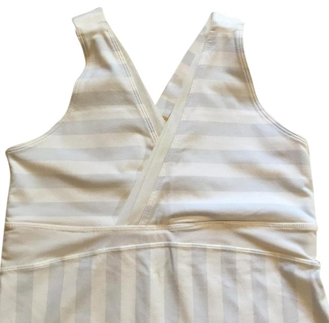 Preload https://item5.tradesy.com/images/lululemon-greywhite-stripe-activewear-top-size-8-m-29-30-15967909-0-1.jpg?width=400&height=650
