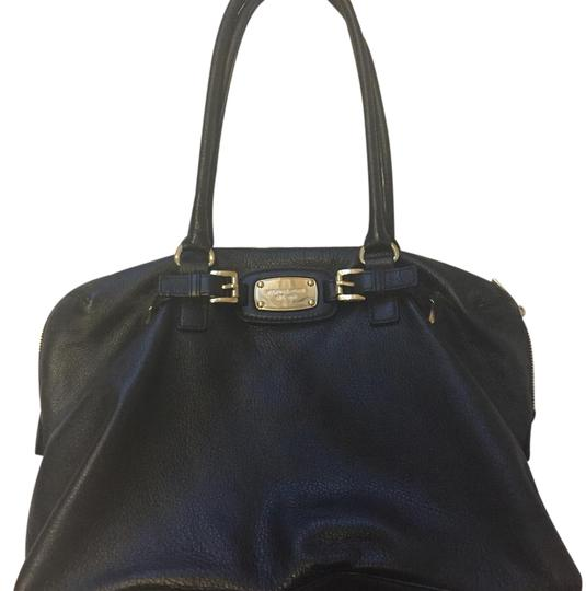 Preload https://img-static.tradesy.com/item/15968617/michael-michael-kors-black-leather-tote-0-1-540-540.jpg