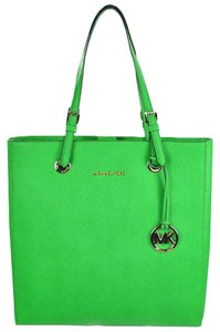 Kate Spade Michael Kors Jet Set Travel Tote in Palm Green