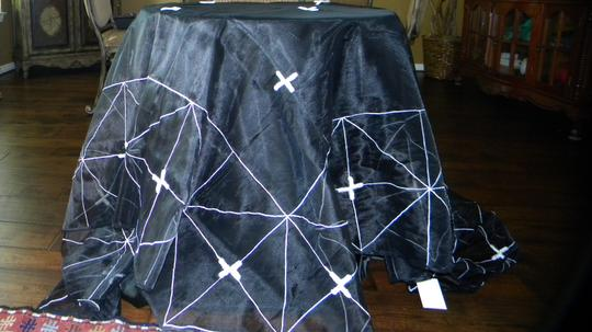 Black Cltc38 Tablecloth
