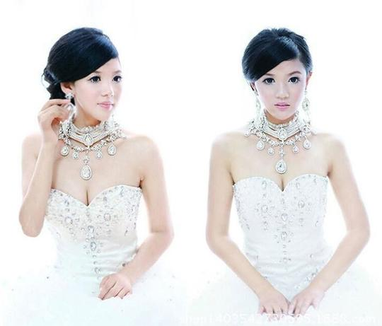 Clear Crystal Collar Necklace Jewelry Set