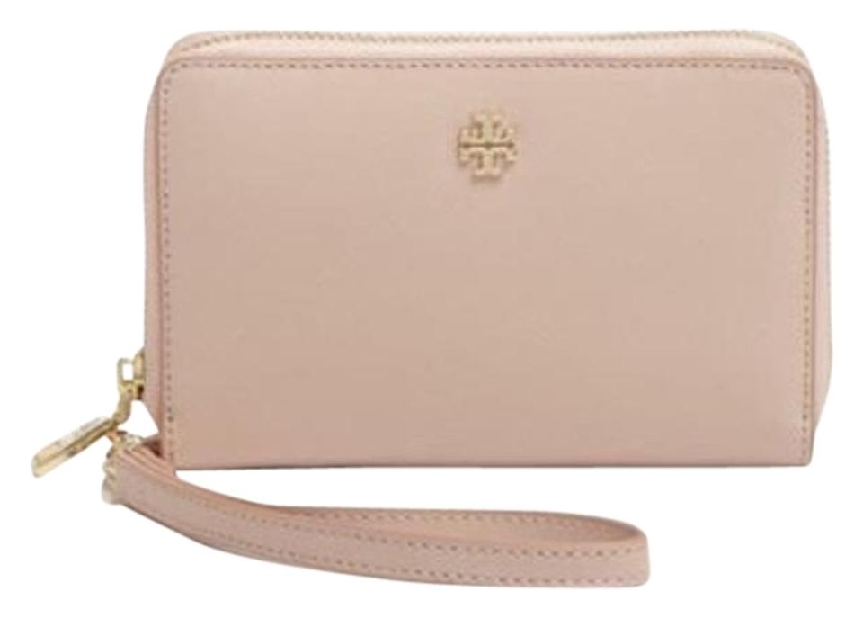 f6d0baba4 Tory Burch Purse Wallet Iphone 6 Smartphone Wallet Wristlet in Light Oak  Image 0 ...