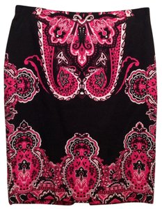 INC International Concepts Size 4 Skirt Black w/fuchsia-white print