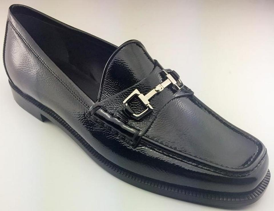 9c64ac5b44e Gucci Black Women s In Box Banks Loafer with Buckle Patent Leather Eur Flats
