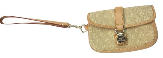 Preload https://img-static.tradesy.com/item/15973561/dooney-and-bourke-and-trim-monogram-canvasleather-wristlet-0-1-540-540.jpg