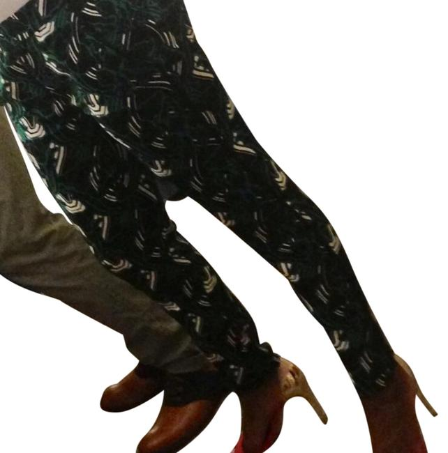 Preload https://item4.tradesy.com/images/jcrew-green-black-and-white-relaxed-fit-pants-size-0-xs-25-15974923-0-3.jpg?width=400&height=650