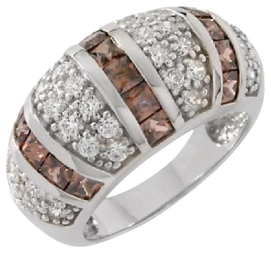 Preload https://img-static.tradesy.com/item/15975946/victoria-wieck-chocolate-and-clear-224ct-absolute-dome-size-5-ring-0-1-540-540.jpg
