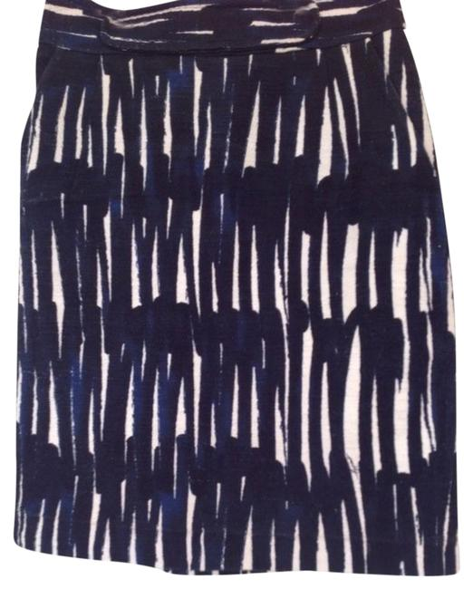 Preload https://item4.tradesy.com/images/milly-blue-black-and-white-knee-length-skirt-size-0-xs-25-15976093-0-1.jpg?width=400&height=650
