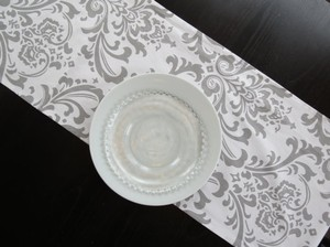 Gray White 10 & Damask Table Runner Tablecloth