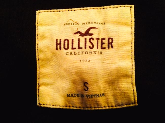 Hollister T Shirt black and tan or cream stripes