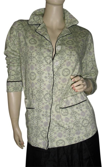 Preload https://item1.tradesy.com/images/vera-wang-gray-pink-blouse-w-signatures-all-over-w-black-trim-button-down-top-size-6-s-15979360-0-1.jpg?width=400&height=650