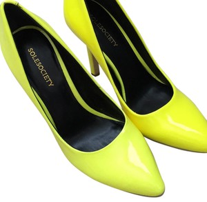 Sole Society Neon yellow Pumps