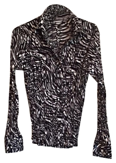 Preload https://item1.tradesy.com/images/apt-9-black-white-and-grey-item-1003-button-down-top-size-8-m-15981370-0-1.jpg?width=400&height=650